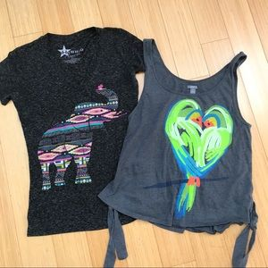 Bundle of two juniors tops, small.